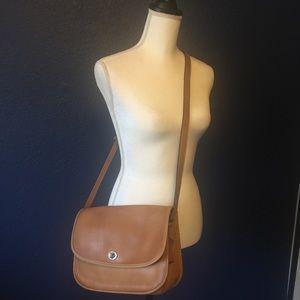 COACH Vintage Tan Leather Shoulder Crossbody Bag